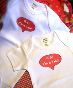 Twin Onesies Boy and Girl Set – I'm a Twin